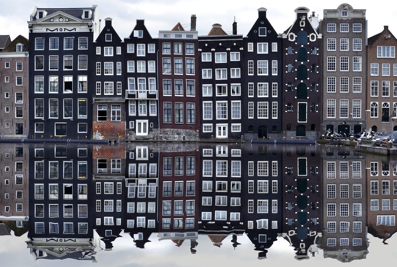 amsterdam-988047_1280.jpg