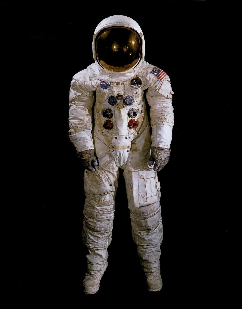 nasa-neil-armstrong-moonsuit-1.jpg