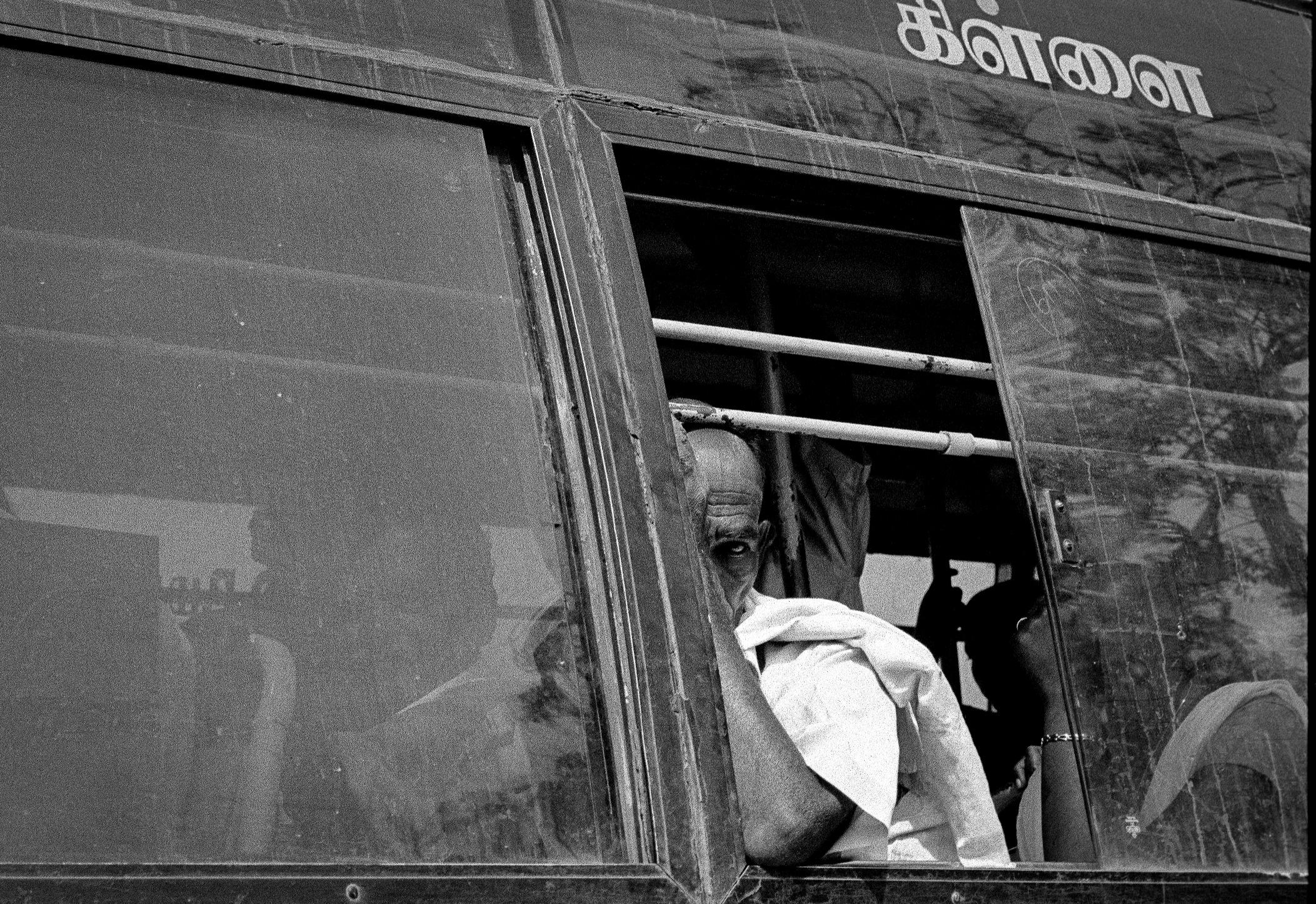 TamilNaduBusStop-1.jpg