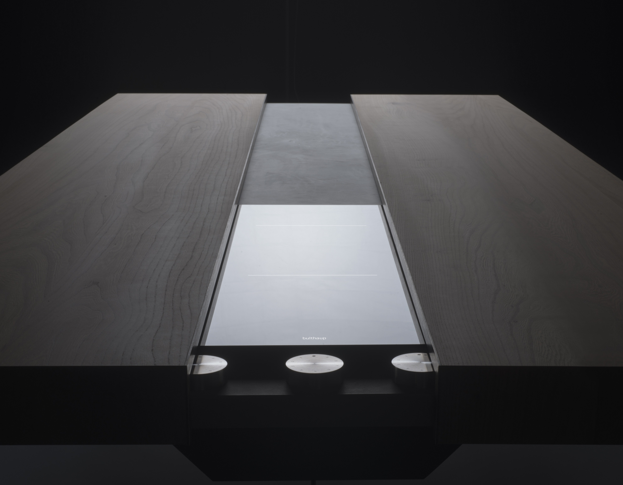 bultaup-table-1.jpg