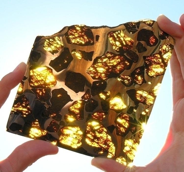 fukang-meteorite-9[6] (1)