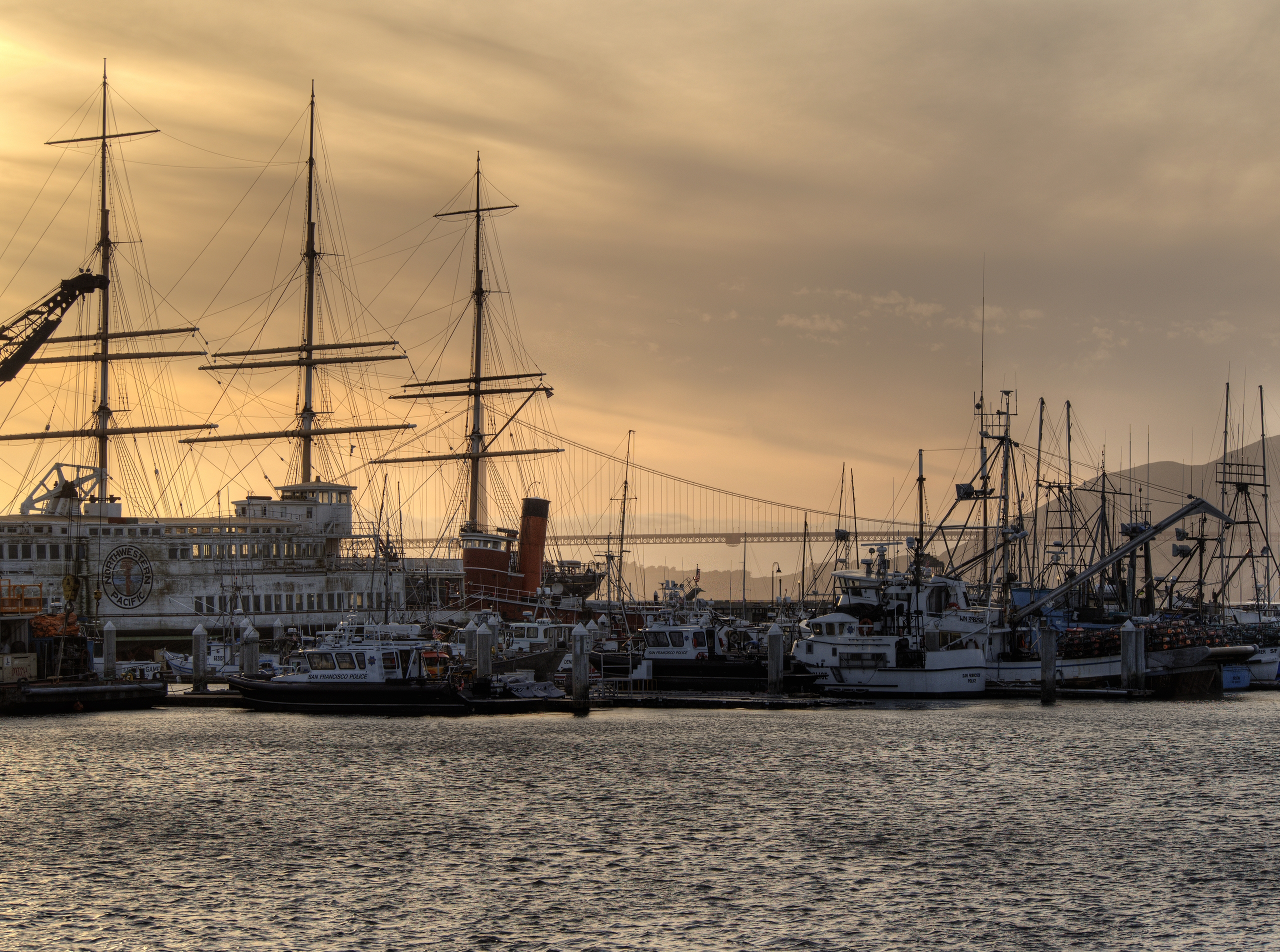 sanfran_fishing_fleet_sunset.jpg