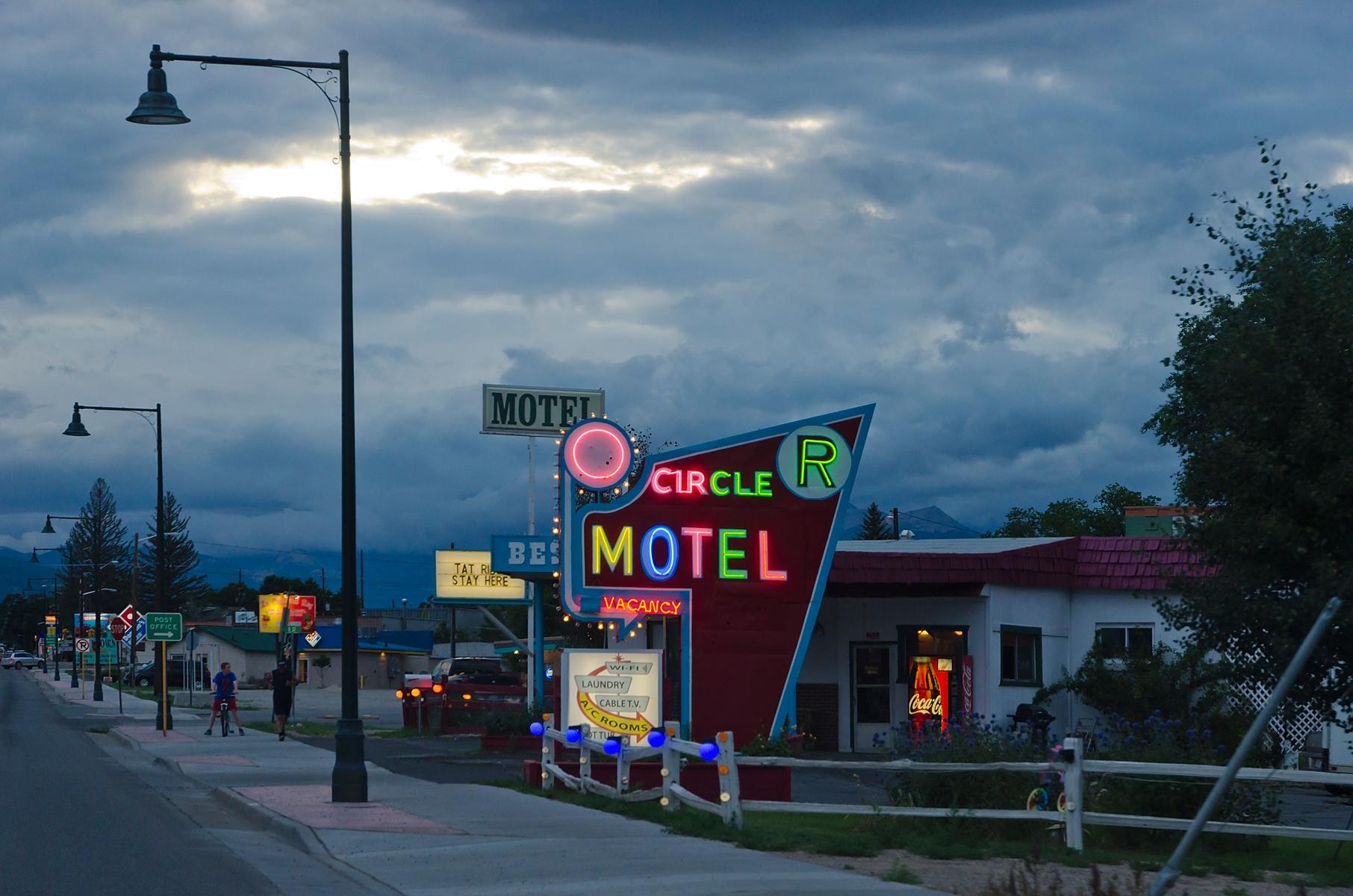 Circle_R_Motel_Salida_Colorado_20130801.jpg