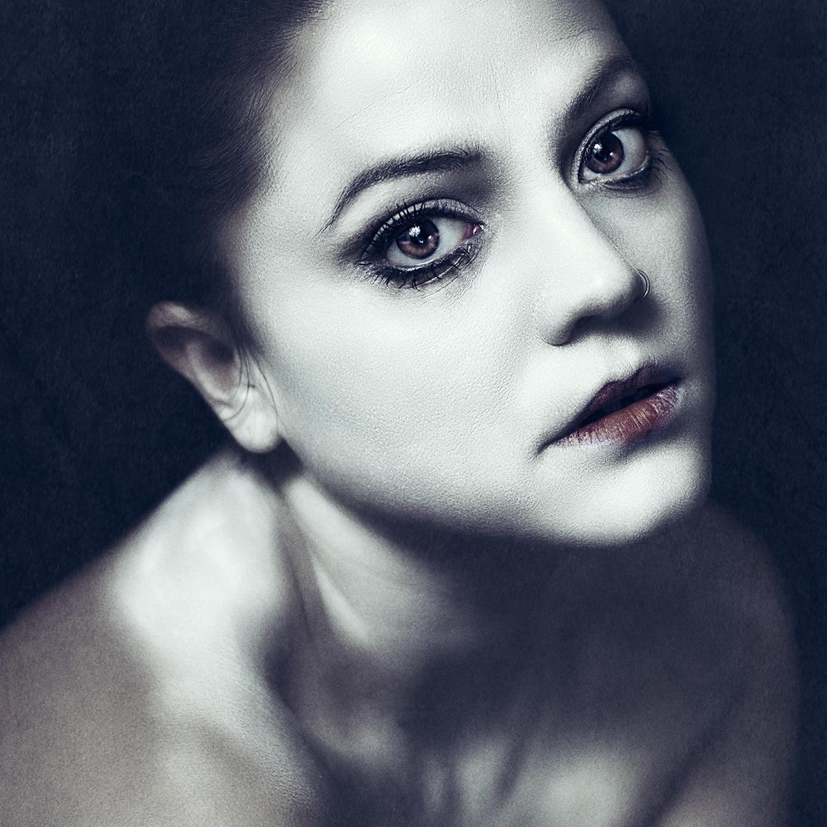 Elena Bovo (elenabovoartist tb elenabovo tw BovoElena) - Anna Ave (AAnna-Make-Up-1187526421275242).jpg